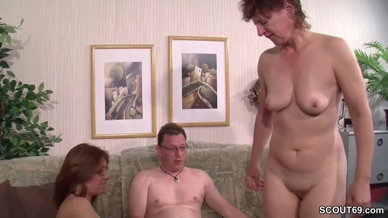 woman seducing woman free video sex